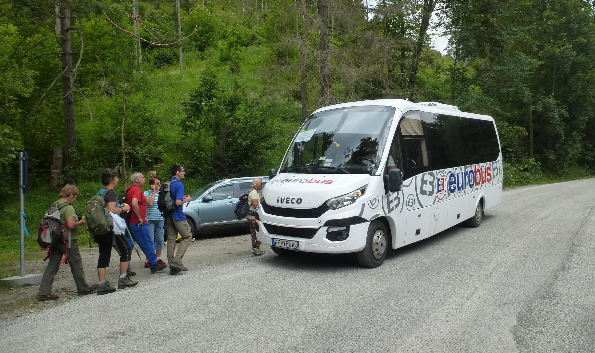 20200625120009_letny_minibus_v_slo_3orez.jpg
